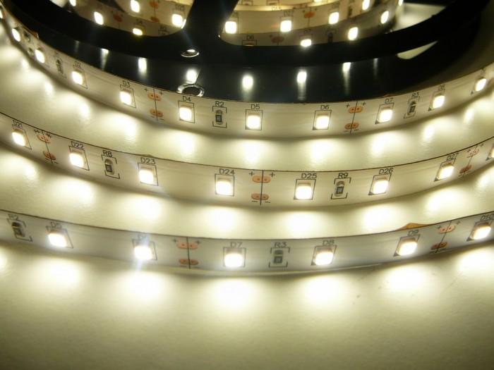 LED pásek 24V-300-12W vnitřní Denní bílá