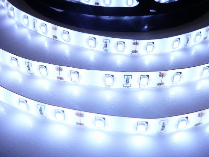 LED pásek SB3-W300 zalitý studená bílá