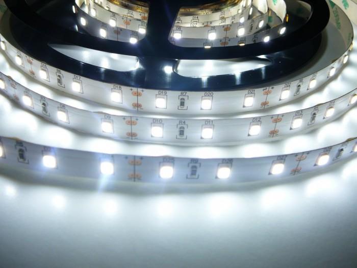 LED pásek 24V-300-12W vnitřní Studená bílá