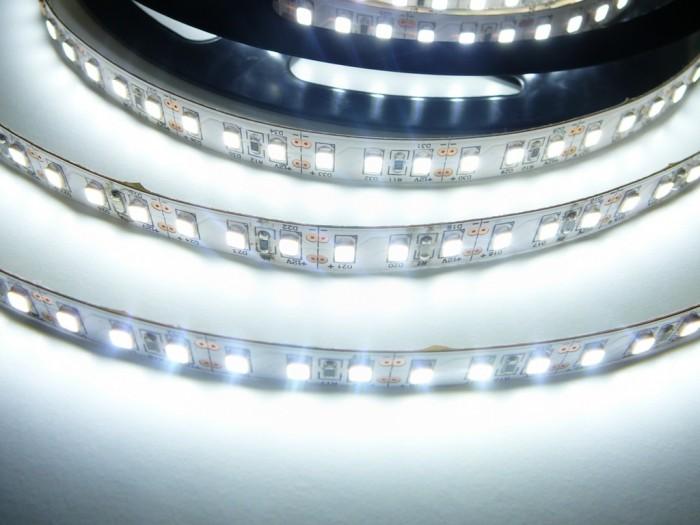 LED pásek SB3-600 vnitřní studená bílá