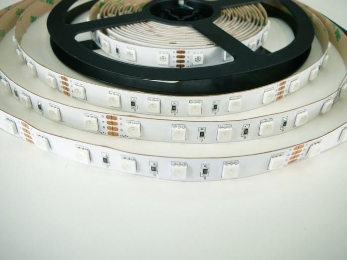 RGB LED pásek 24V-300
