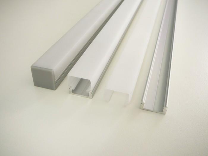LED profil N8H - nástěnný stříbrný 1m