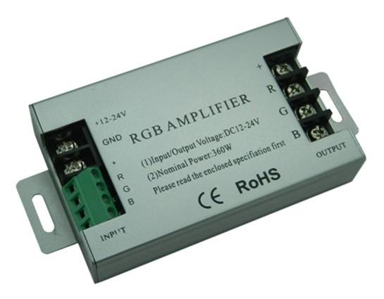 Zesilovač RGB signálu AMP5